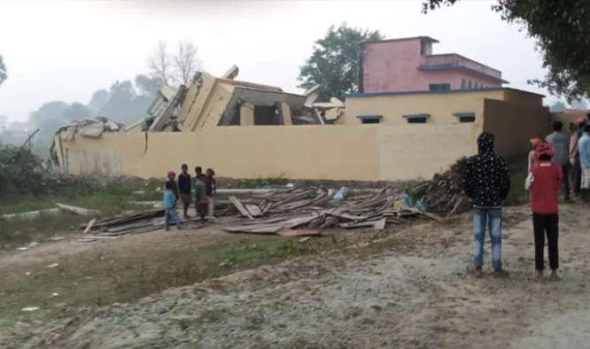 नीतीश कुमार के शपथग्रहण के पहले नक्सलियों का हमला, सामुदायिक भवन को उड़ाया