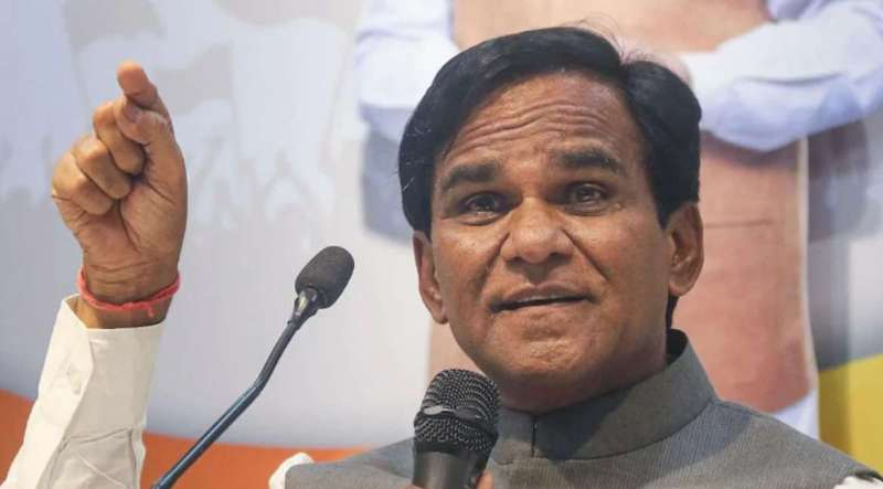 ravsaheb danve रावसाहेब दानवे के दावे में है कितना दम? कहा- महाराष्ट्र में 3 महीने में BJP बना लेगी सरकार