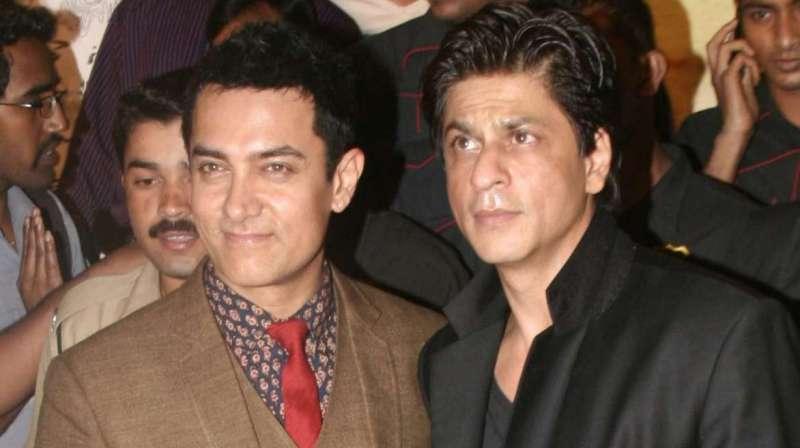 srk ak शाहरुख ने दिखाई दरियादिली! 28 साल की नराजगी छोड़ आमिर की इस फिल्म में कर रहे काम