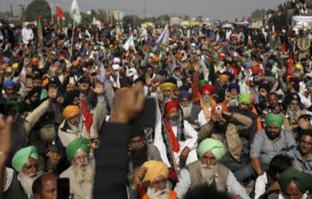 सरकार के प्रस्ताव पर सिंघु बाॅर्डर पर हो रही किसान संगठनों की बैठक, केंद्रीय मंत्री सोम प्रकाश ने कहा- आंदोलन देश के पक्ष में नहीं