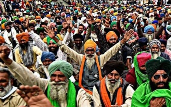 66a5f684 64db 43fe a9ab 9024a15b7bec 20वें दिन में पहुंचा किसानों का आंदोलन, सरकार और किसानों के बीच फिर होगी बातचीत