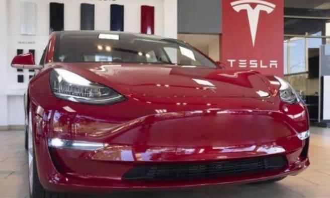 7fbee545 a242 4e16 8de5 9d0907d424dc अगले साल भारत में होगा टेस्ला की इलेक्ट्रिक कार का परिचालन, केंद्रीय मंत्री नितिन गडकरी ने दी जानकारी