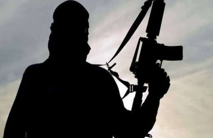 पुलिस मुठभेड़ में नार्को टेररिज्म के आरोप में 5 आतंकी गिरफ्तार, हथियार समेत कई दस्तावेज बरामद