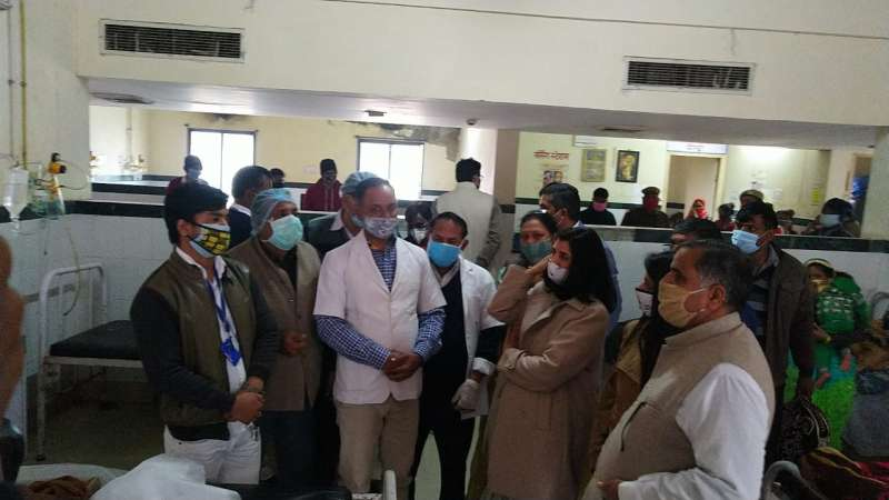 97cd8266 6684 4a99 b652 24d9107e7eb2 संगीता बेनीवाल ने सर्किट हाउस में की जनसुनवाई, साथ ही किया अस्पताल का औचक निरीक्षण