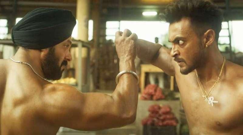 antim salman khan सलमान की नई फिल्म 'अंतिम' का फर्स्ट लुक रिलीज, देखें 'जीजा-साले' की फाइट