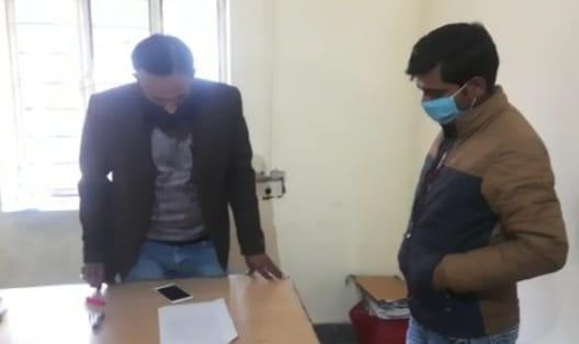 विद्युत चोरी पकड़ने गई टीम पर लोगों ने किया हमला, एक कर्मचारी के पैर में फैक्चर