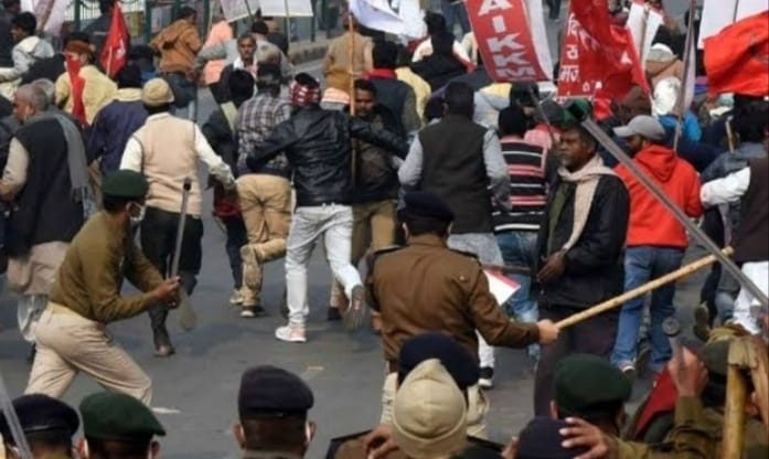 पटना में किसानों ने निकाला 'राजभवन मार्च', समझाने पर नहीं माने तो पुलिस ने किया बल का प्रयोग