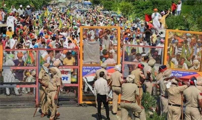 farmers 1 किसानों के आंदोलन का 12वां दिन, तमाम राजनीतिक दे रही समर्थन