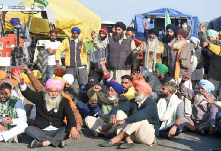 farmers protest सातवें दिन भी किसानों का आंदोलन जारी, सरकार के साथ नहीं बनी बात