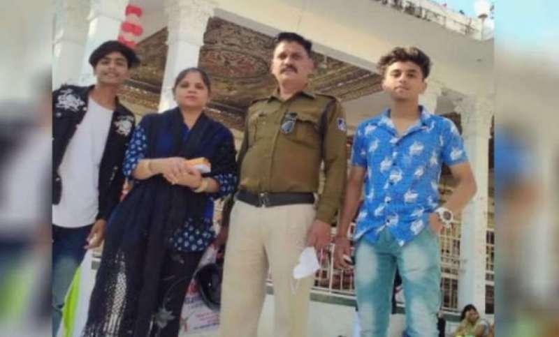 indor इंदौर दोहरा हत्याकांडः मां-बात की हत्या का शक 15 साल की बेटी पर, पुलिस कर रही जांच