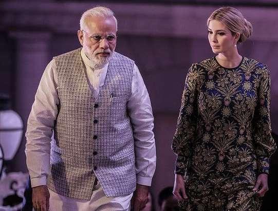 ivanka इवांका ट्रंप को याद आई भारत यात्रा, पीएम मोदी के साथ की फोटो शेयर