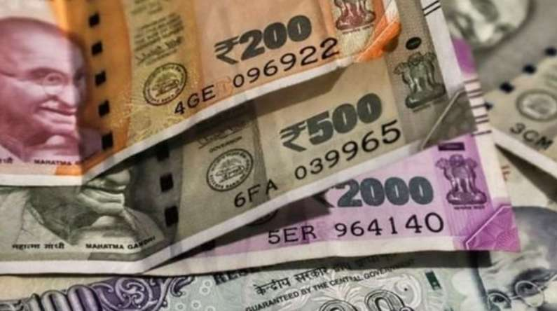 money केंद्र सरकार ने बचत योजनाओं के ब्याज दर में कटौती का फैसला लिया वापस, पुरानी दर से मिलता रहेगा रिटर्न