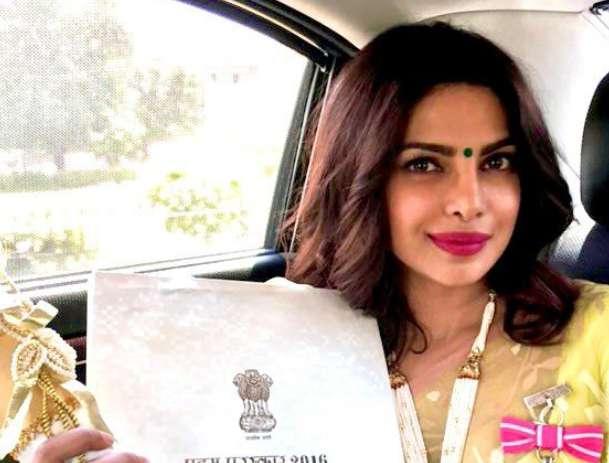 प्रियंका ने ट्विटर पर किया किसानों का समर्थन, दिलजीत सिंह के ट्वीट को किया रिट्वीट