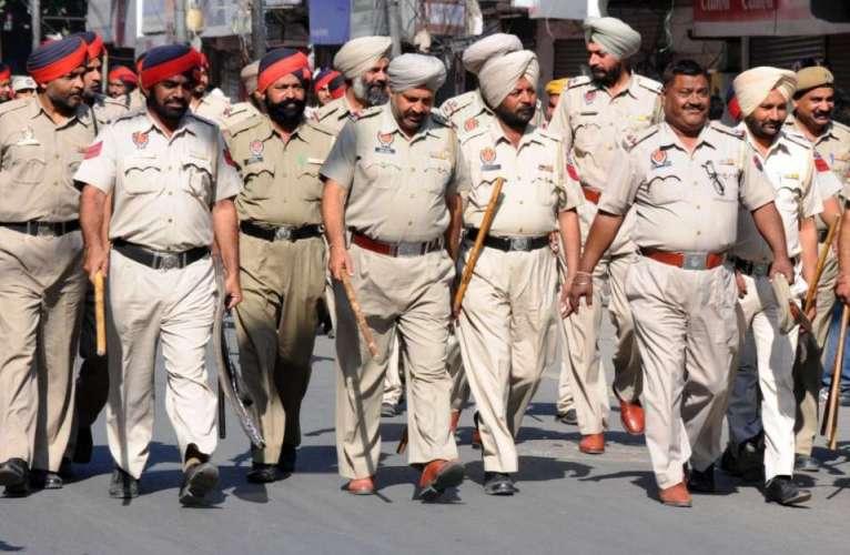 punjab police पंजाब पुलिस को मिले पाकिस्तान से आए 11 ग्रेनेड, जांच जारी