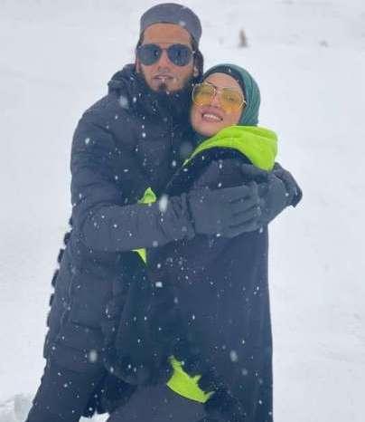साना खान ने शेयर की पति के साथ हनीमून की तस्वीरें, सोशल मीडिया पर हो रही वायरल